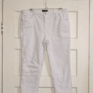 White crop embroidery Jeans
